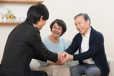 大学生の彼氏が親に挨拶するタイミングときっかけ
