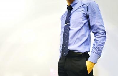 職場の年上男性の心理